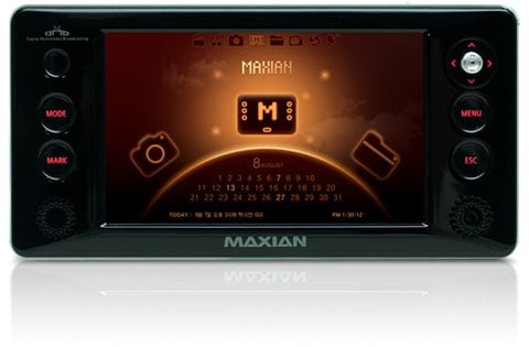 Maxian D900: Media Player on Steroids