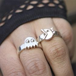 ms. pac-man and ghost rings