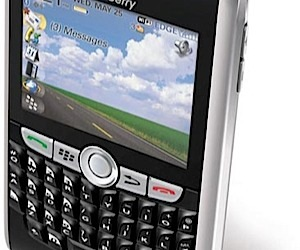 Blackberry 8800 Adds Gps and More