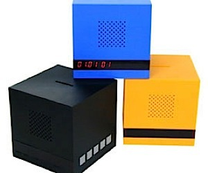 Alarm Clock Forces You to Save Money