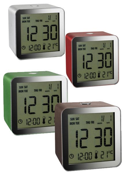 Lexon LCD Cube Clock Offers Time and Temp