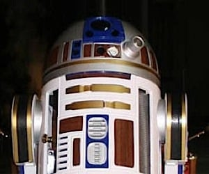 R2-D2 Gets Powered by Steam