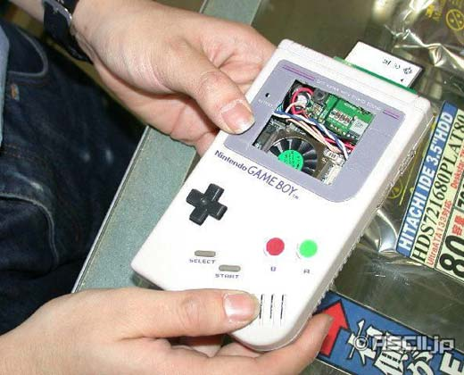 Pc Gets Crammed Into Gameboy Case