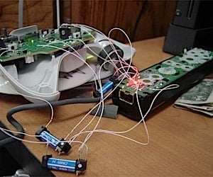 Wii Controller Hacked to Control Xbox 360