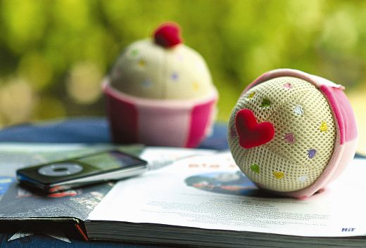 Cupcake Speakers from Semk