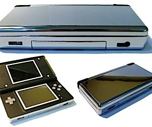 Nintendo Ds Lite Gets a Chrome Case