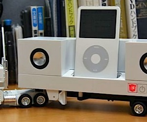 Optimus Prime 18-Wheeler iPod Dock