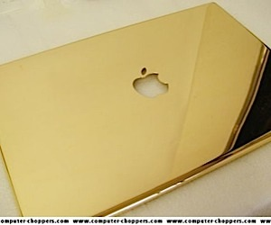 Golden Apple Macbook Pro: is This Trump's Computer?