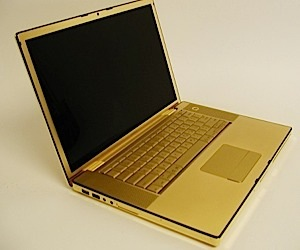 Gold Macbook Pro Finished, Looks Amazing
