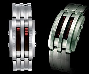 Storm Circuit: Modern LED Watch has Retro Spirit