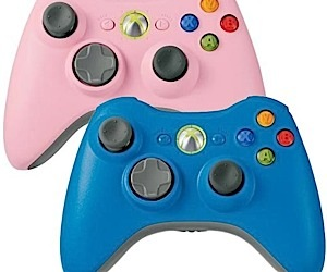 Pink & Blue Xbox 360 Controllers Now Available
