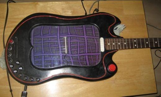 Ben Lewry LCD Guitar Laptop Casemod