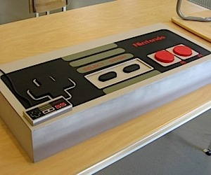 Giant NES Controller Conceals Pc [Case Mod]