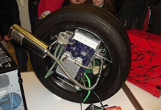 Porsche Wheel Case Mod