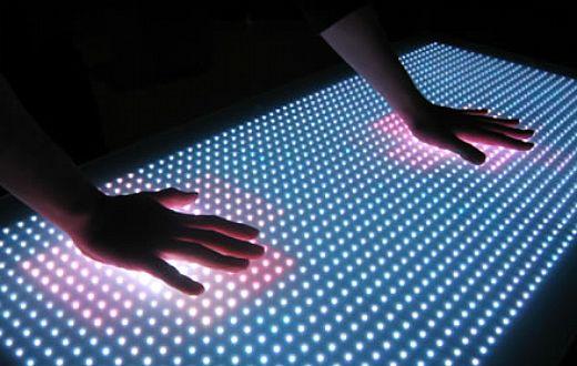 Rgby LED Desktop Offers Chameleon-Like Surface