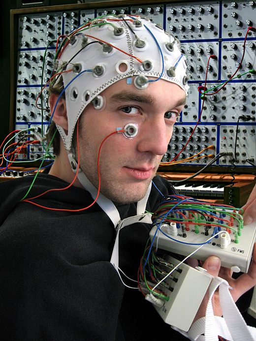 Brain Controlled Synthesizer Plays What You're Thinking