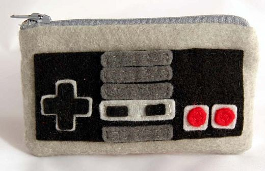 NES Controller Pouch Keeps Your Gold Coins Safe