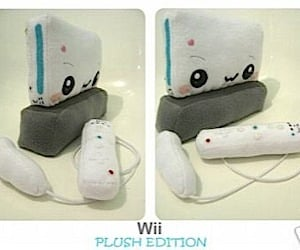 Plush Nintendo Wii Hits the Auction Block