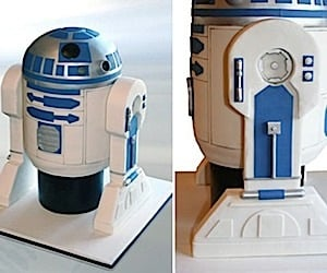 R2-D2 Cake Makes You Wonder What Droids Taste Like