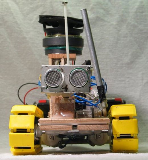 Yellow Drum Machine Robot