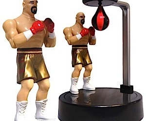 USB Boxer Doles Out the Punches
