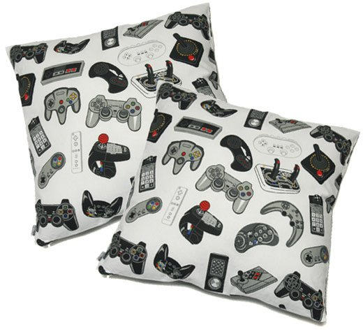 Video Game Controller Pillows: Sweet Dreams