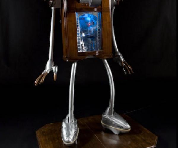 Little Big Man: Robot Inside a Robot