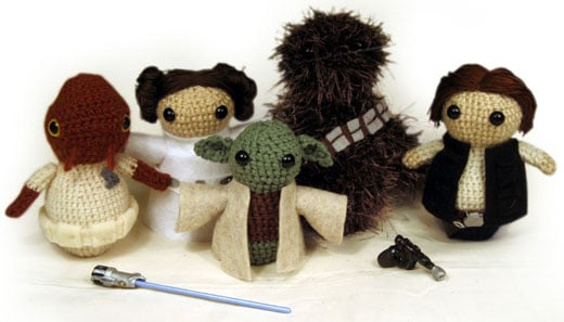 Amigurumi Star Wars : Star wars amigurumi the jedi get stuffed technabob
