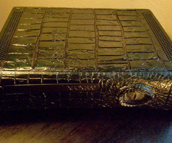 Xbox 360 Gator Casemod Rises From the Swamp