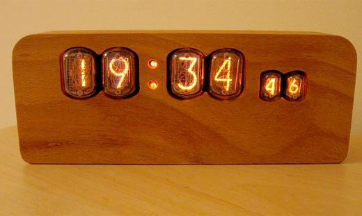 Wooden Nixie Tube Clock