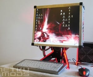 Hybred Casemod Combines Pc, Display in Single Box