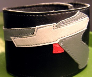 Show Your Duck Hunt Love With the NES Light Gun Cuff
