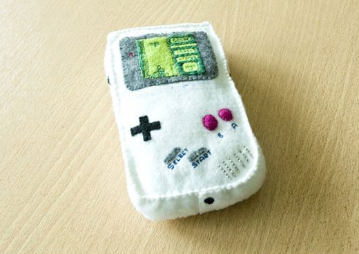 Plush Gameboy by KmilaRodz