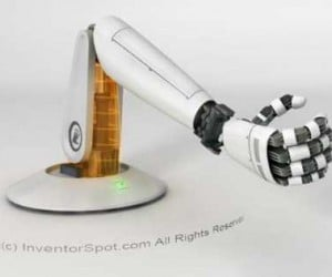 Handy Robotic Arm is a Helpful Extra Limb