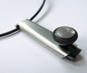 IPhone Bluetooth Headsets: Heavy Metal in Your Ears