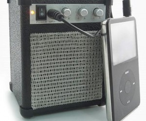 Mp3 Mini Amp Speaker Goes to 11