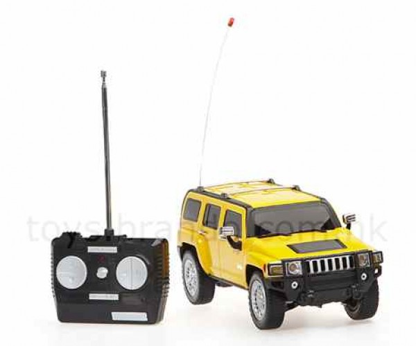Rechargeable R/C Hummer: Guilt-Free Gas-Guzzlin' Fun