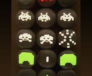 Space Invaders Cupcakes Attack Earth With Deliciousity