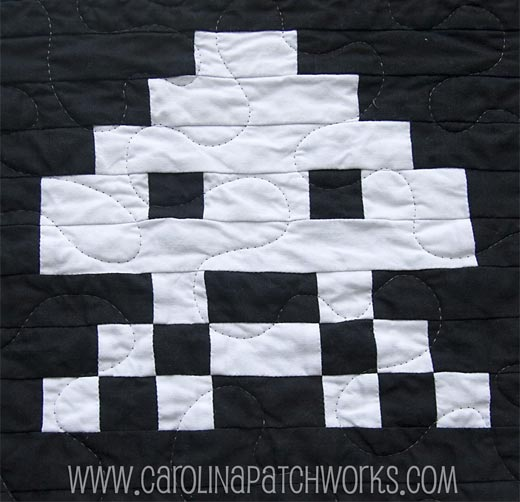 Space Invaders Quilt by Carolina Patchworks
