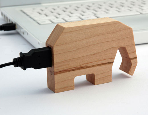 Marubeni USB Wood Memory Animals