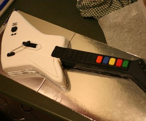 Rock Out Your Birthday With This Guitar Hero Cake