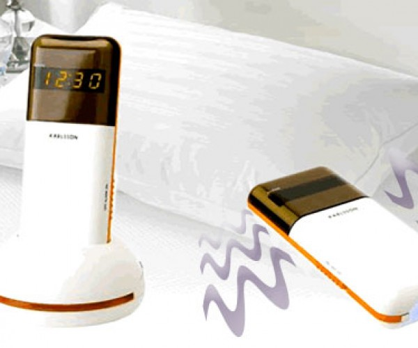 Vibrating Alarm Clock Wakes You With a Cheap Thrill