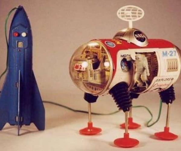 1950s Robots Galore, Now Invading!