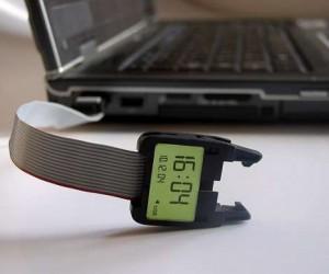 Timeless Watch Seamlessly Integrates a Hidden USB Drive