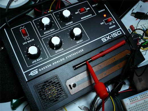 Gakken SX-150 Analog Synthesizer