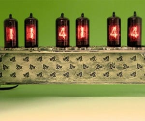 Old World Nixie Tube Clock: Going for Baroque