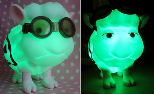 Seamour Sheep Radioactive USB Green