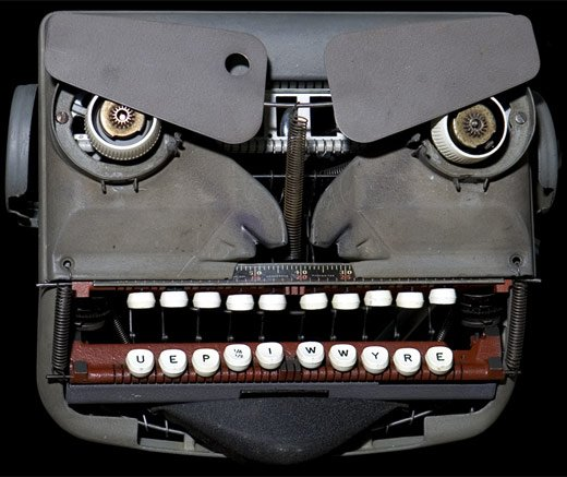 j mayer typewriter robot 3