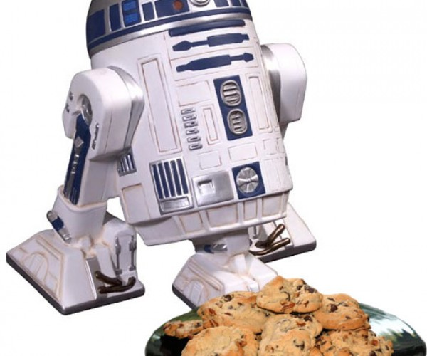 R2-D2 Cookie Jar: Chocolate Chips and Microchips