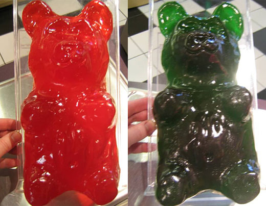 giant_gummi_bear_2